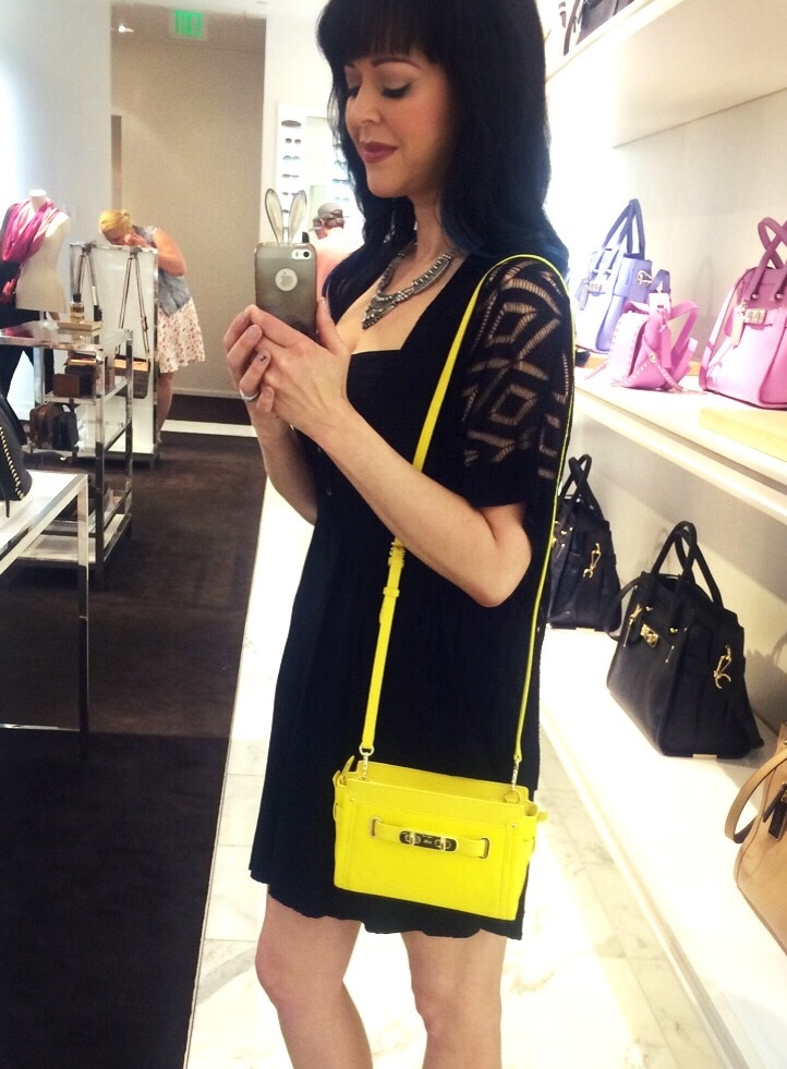 coach mini swagger yellow