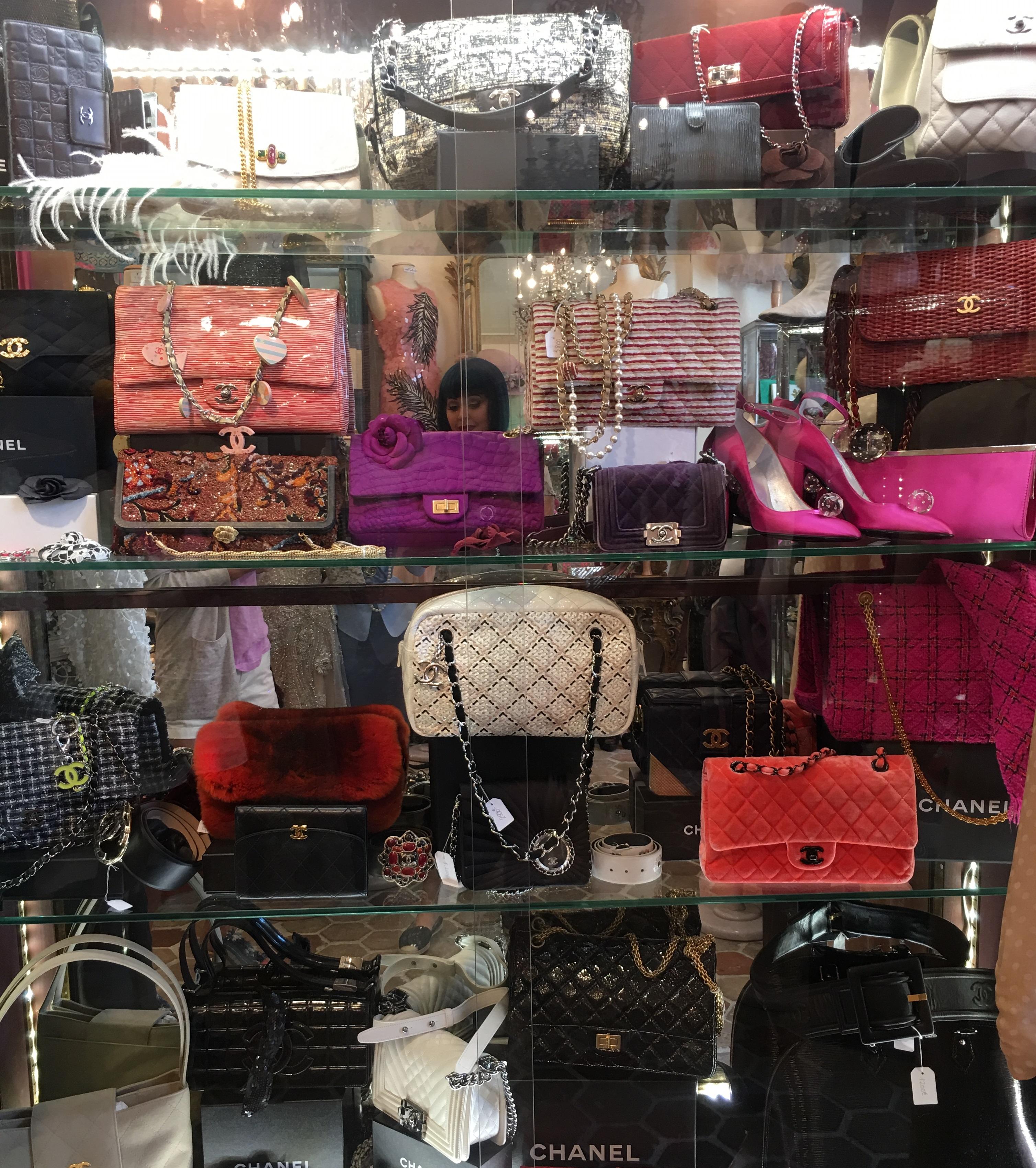 Les merveilles de Babellou vintage chanel shopping paris